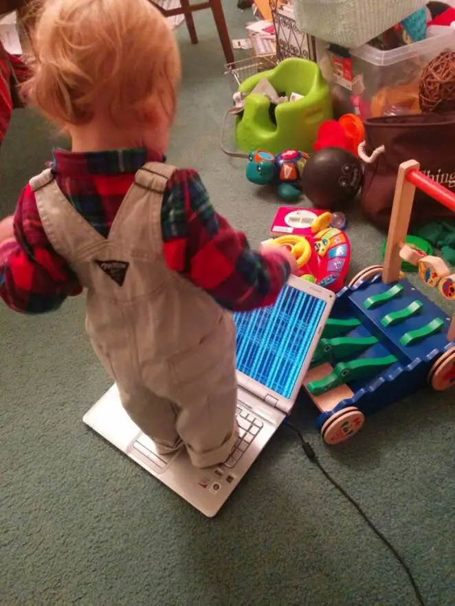 20 Proofs That Parenting Is a Hard Full-Time Job