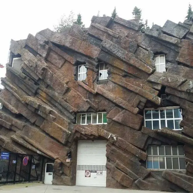 21 Strange Buildings from around the World
