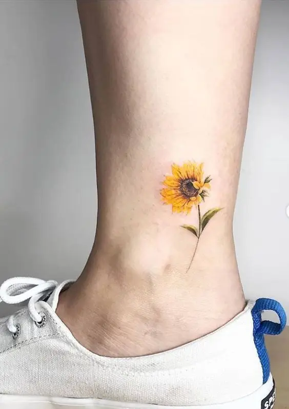15 Discreet Hard To Spot Tattoos