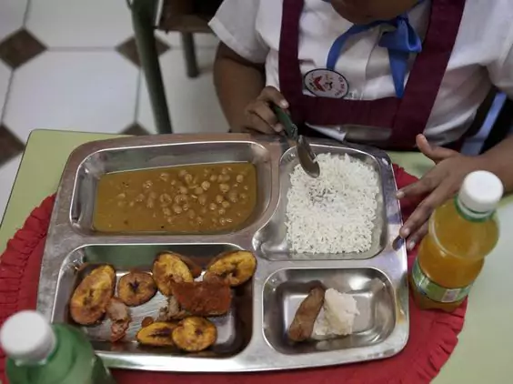 What do Kids Eat for Lunch? 21 School Meals from Around the World
