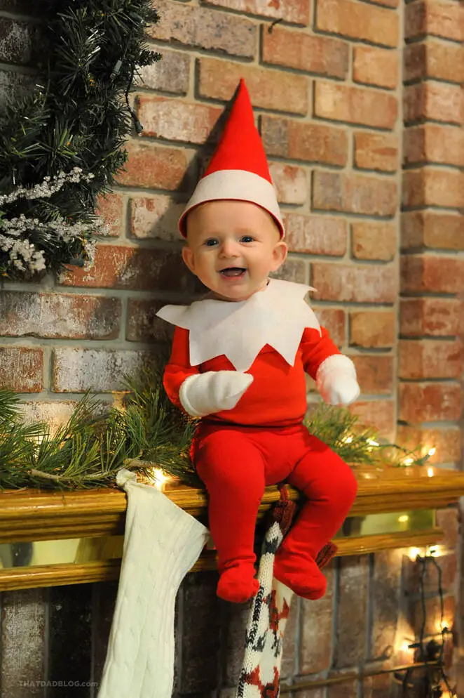 17 Christmas Photos of a Little Elf! Dad's Idea for a Photo Session With The Youngest of His 6 Children