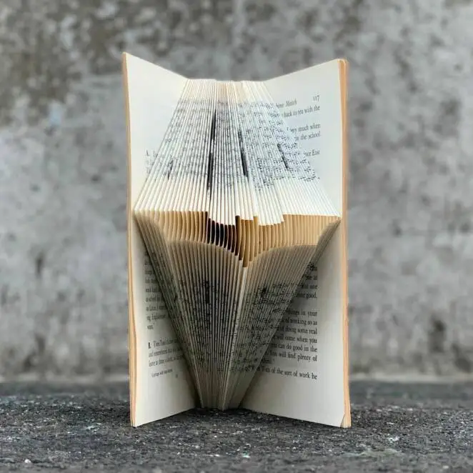 The Japanese Artist Is the King Of Book Origami. 25 Sculptures For Home Bookcases