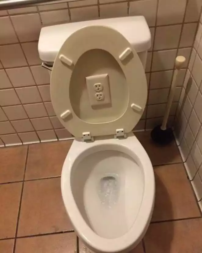 20 Bad Home Solutions. The Works of Guys Who Had No Idea about Their Jobs