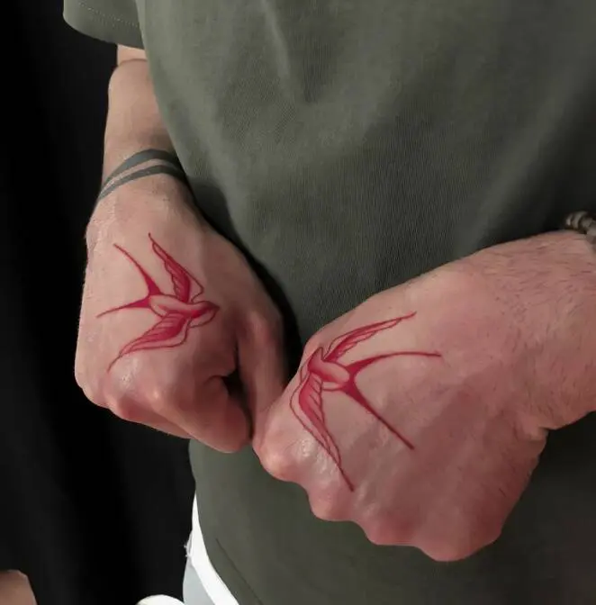 17 Tasteful Tattoos Made With Red Ink. Eye-Catching With Their Intense Color