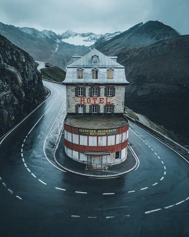 15 Examples of Intriguing Architecture. Beauty Created by Human Hands