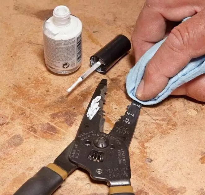 17 Useful Solutions to Everyday Problems