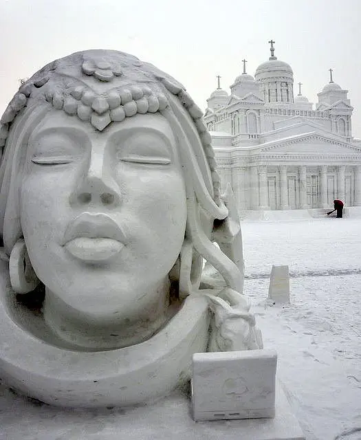 21 Sculptures That Melt With the Arrival of Spring. It's Hard to Believe They're Made of Snow
