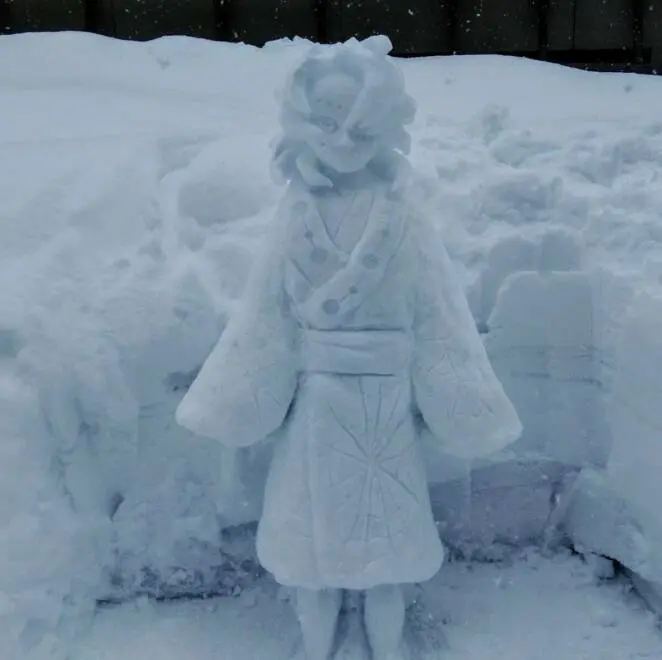 17 Phenomenal Snow Sculptures That Are Better Than Any Snowman Can Ever be!
