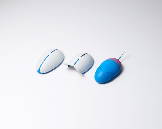 The Balance Mouse Is Made for Campaign Work & Life Balance. When It's Time To Finish Work the Mouse Becomes Real and Escape Humans Hand.