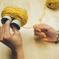 2-incredible-ways-to-make-yarn-pom-poms19