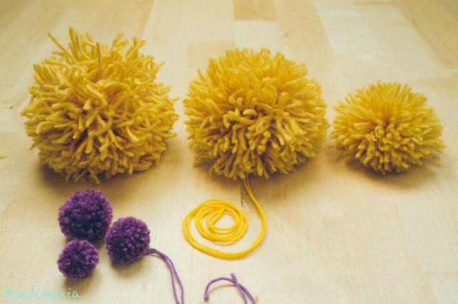 2-incredible-ways-to-make-yarn-pom-poms30