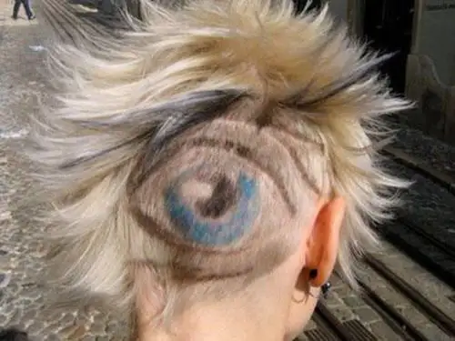 21 Awful Makeovers. Don't Try This at Home