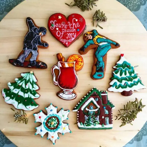 20 Of the Most Beautiful, Gingerbread Cookies We Have Ever Seen. Would You Like To Learn To Decorate Them This Way?