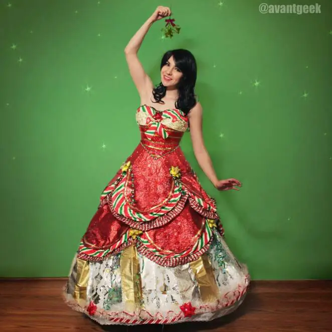 7 Decorative Dresses, Call it The Second Life of Gift Wrapping Couture