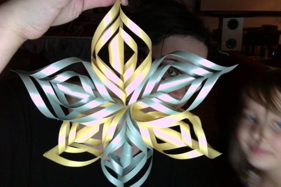 3d-paper-snowflake-fans11