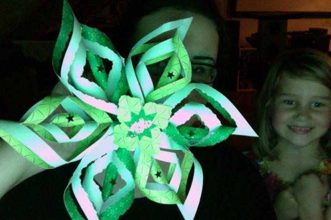 3d-paper-snowflake-fans12
