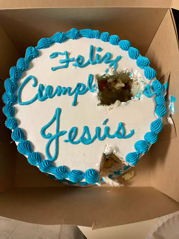 21 People Celebrating Their Worst Birthday Ever. Disastrous Parties Not Everyone Can Handle