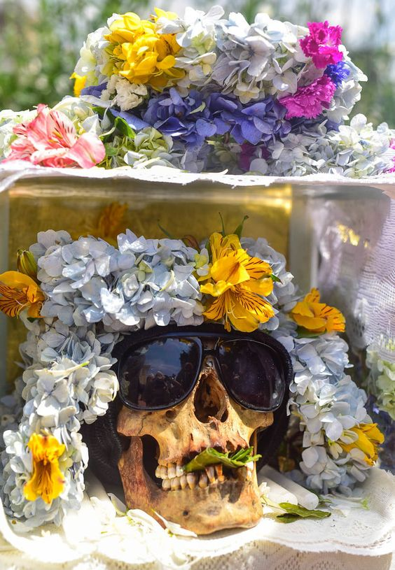 4 Customs From Around the World, Thanks to Which the Dead Will Not Be Forgotten