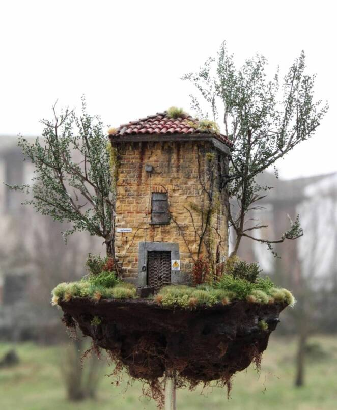 14 Amazing Miniature Houses! You Actually Get to Keep Your Dream House on Your Desk!