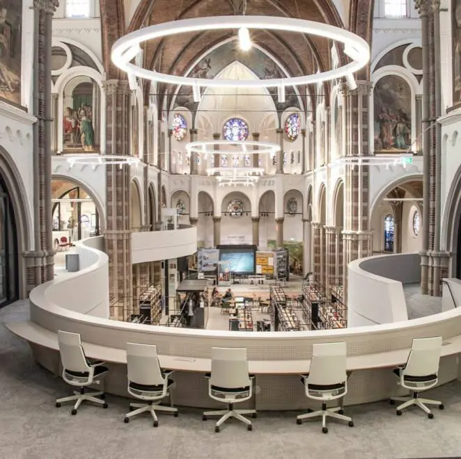 An Abandoned Church Turned Into a Library. Stunning Renovation of a Dutch Temple