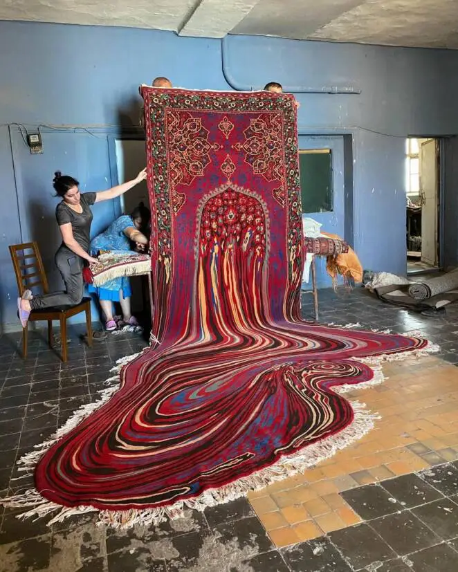 12 Unprecedented Rugs, Which Are Extremely Stunning Works by Artists From All Over the World