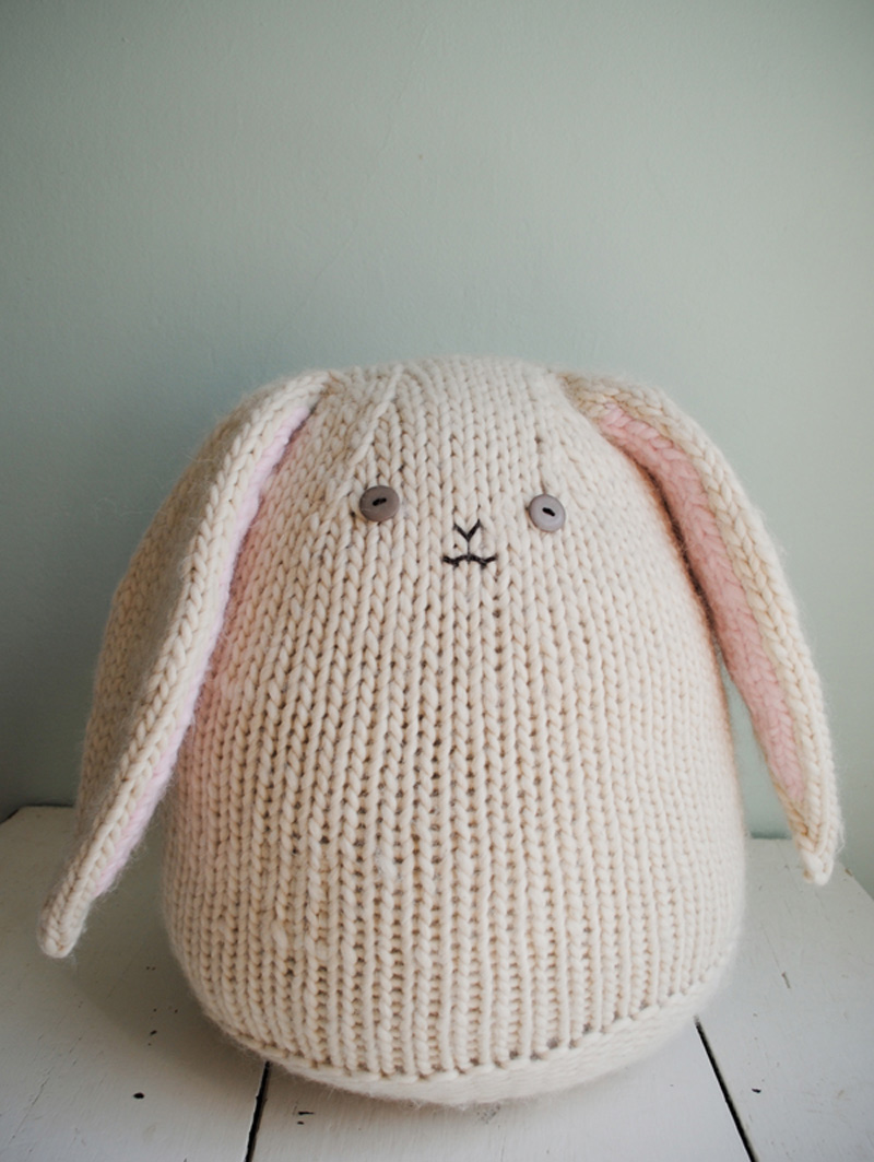 Easter Bunny Knitting Pattern : How to Make Big Cuddly Bunny - Knit - Handimania
