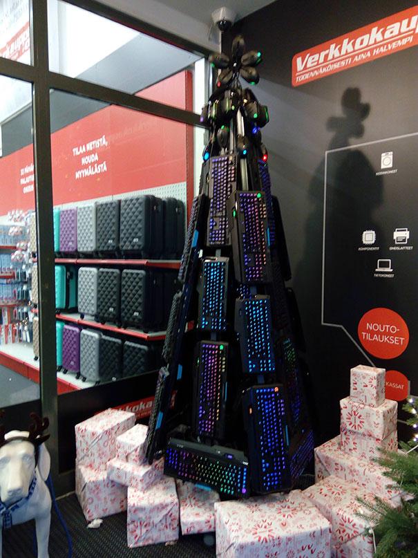 Christmas tree electrnics