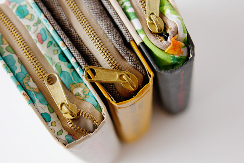 DIY-Zipper-Book-Clutch-01