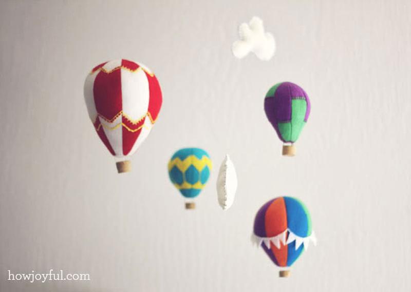 Felt-Hot-Air-Balloon-Mobile-01