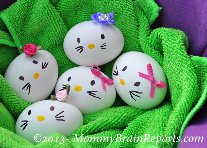 Hello-Kitty-Easter-Egg-04