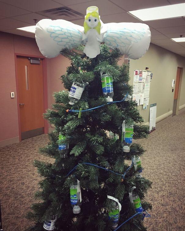 Christmas hospital 25