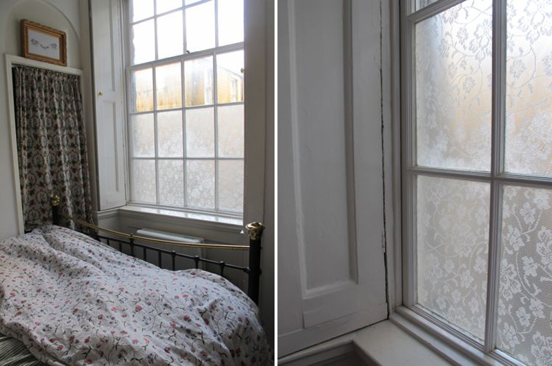 Lace-Window-Treatment-With-Cornflour-03