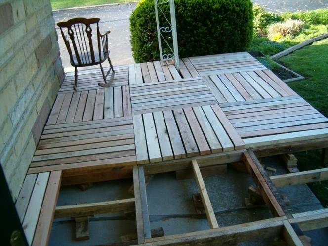 Pallet-Wood-Front-Porch-02