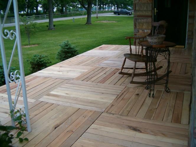 Pallet-Wood-Front-Porch-05