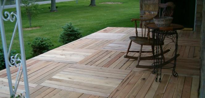Pallet-Wood-Front-Porch-foto