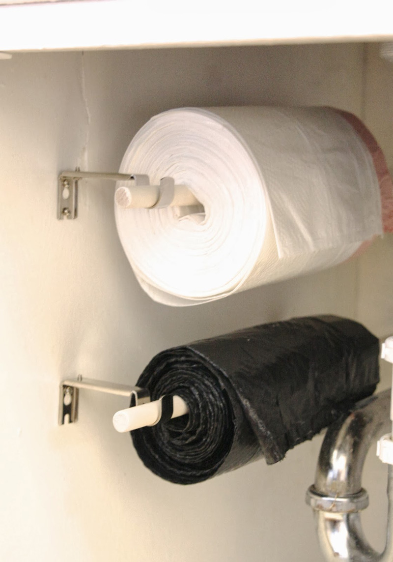 Trash-Bags-on-a-Roll-02