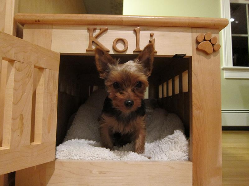 Wood-Pet-Kennel-02