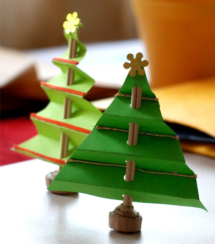 accordion-christmas-tree-fi