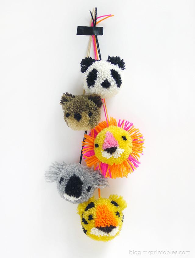 how to make animal pom poms diy crafts handimania. Black Bedroom Furniture Sets. Home Design Ideas