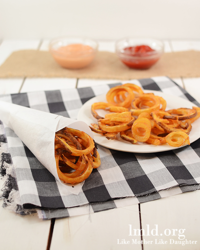 baked-curly-fries-02