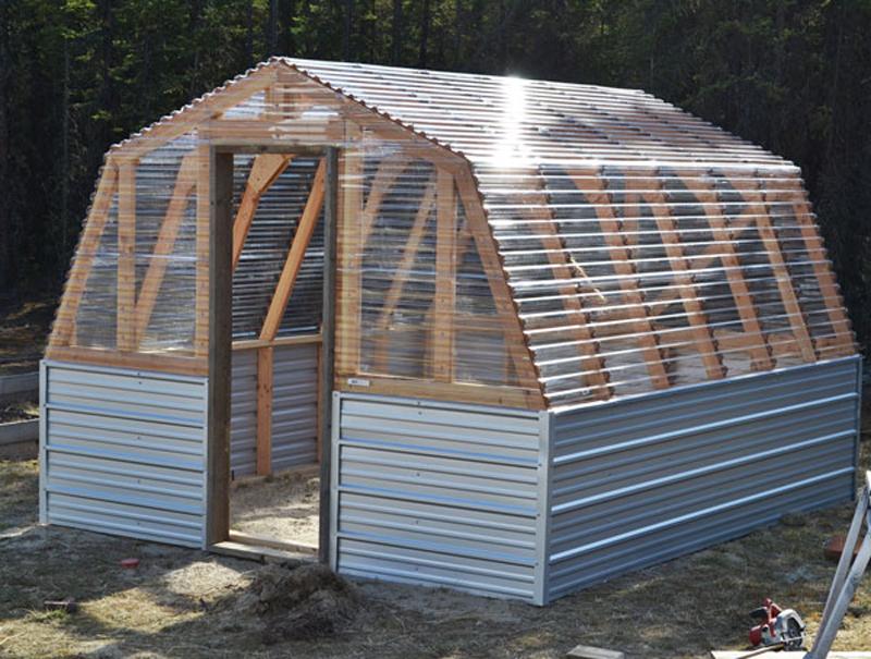 How to make barn style greenhouse diy crafts handimania Greenhouse styles