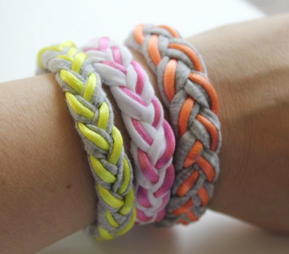 Braided T-shirt & Magnet Bracelet