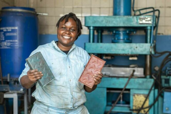 Kenyan Bricks Made of Waste Plastic Are Stronger than Blocks of Concrete. A Very Creative Kind of Recycling!