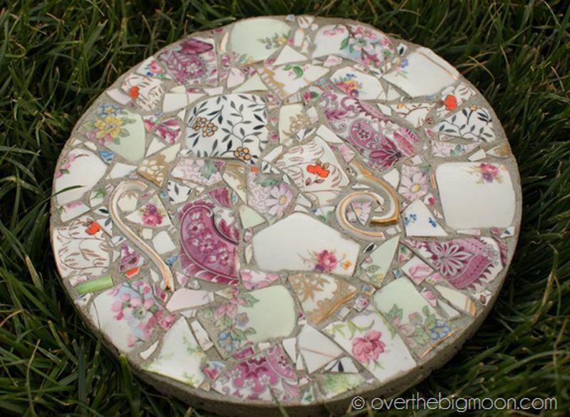 broken-porcelain-garden-stones-03