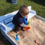 built-in-bench-sand-box-fi