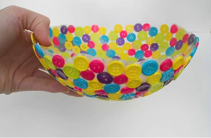 button-vase-03