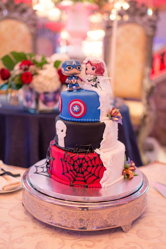 19 Amazing Double Birthday Cakes. This Is What You Call a Creative Solution!