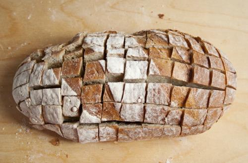 cheesy-pull-apart-bread01