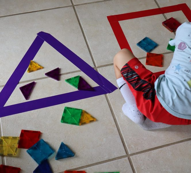 10 Indoor Games to Keep Your Children Busy on a Rainy Day. No More Complaining About Having Nothing to Do!