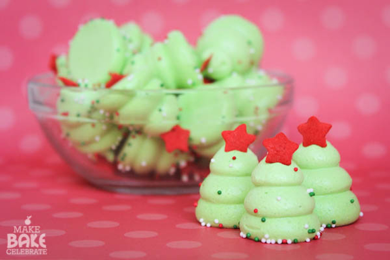 christmas-tree-meringues-02